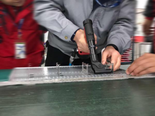 江苏某电脑科技有限公司使用台湾速耐气动工具